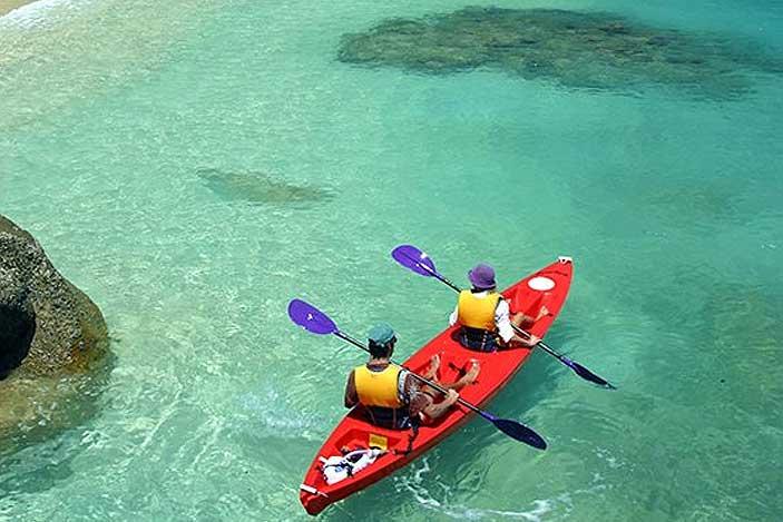 Fitzroy-Island-Kayaking